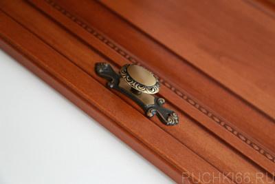 Ручка-кнопка с накладкой 27х100 мм